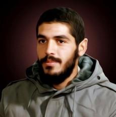 فاطمیون _  ابراهیم  هادی در اول اردیبهشت سال 36 در محله شهید سعیدی حوالی میدان خراسان دیده به هستی گشود.او چهارمین فرزند خانواده به شمار می رفت.با این حال پدرش،مشهدی محمد حسین،به او علاقه خاصی داشت.